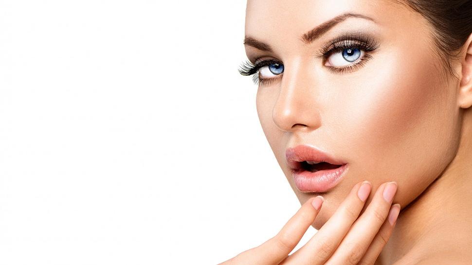 Почему перманентный макияж держится у всех по-разному?